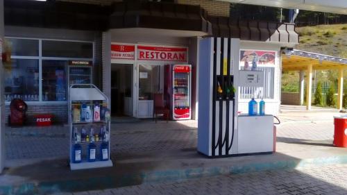 Reisen petrol 2